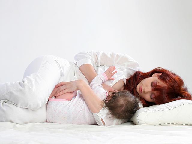 Feature Image 5 Cara dan Posisi Menyusui Bayi Baru Lahir Asimor ASI Booster Pelancar ASI
